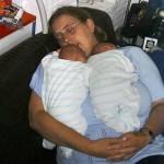 gezellig met mama slapen 05-09-2004