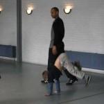 bruce aan het breake dance 06-04-2005