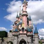 hier enkele filmfragmenten van ons bezoek aan Euro Disney 12-05-2005