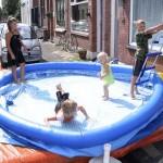 Het laatste plezier van het open gesneden zwembad 20-08-2006