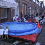 De opbouw van onze zwembaden 06-07-2006