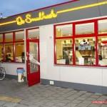 Lekker uit eten bij de snackbar de smulhoek friet gaat er altijd en overal in 09-07-2007