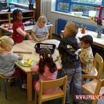 Op de weizightschool eten klaar maken 16-09-2008