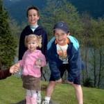 familie uit Canada de klein kinderen van Tante Lenie Ethan_ Duncan en Rachel 2007