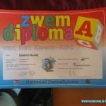 A Diploma zwemmen Kimberly en Isabella 20-04-2011